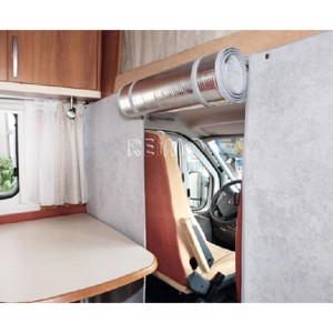Thermo separation curtain for motor homes with alcove